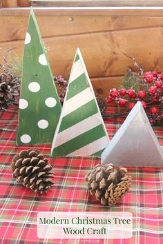 Modern Christmas Tree Wood Craft. Each year I love to add a few more handmade elements to my Christmas decor collection, so this time around, I made some modern looking wooden Christmas trees in some of my favorite patterns!