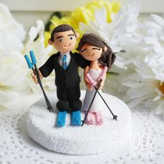 Custom Wedding Cake Topper Skiing couple by 100original on Etsy, $140.00