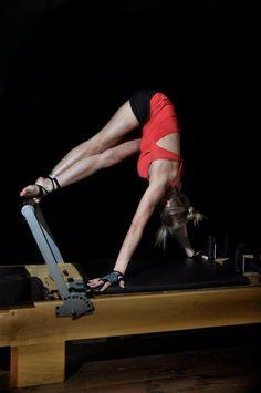 Snake Twist on the reformer #pilates