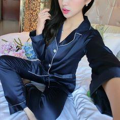 女性のセクシーなシルクサテンランジェリーセット長袖パジャマファム刺繍スパースターセットvネックパジャマプラスサイズネグリジェ