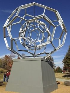 Crystal Bridges museum of Modern Art in Bentonville Arkansas. Fun for all ages. Weekend getaway.
