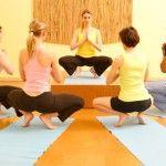 Midweek Specials on Yoga Teacher Training Courses Small Waist Big Hips, Tiny Waist, Yoga Workshop, Yoga Lessons, Chair Yoga, Yoga Teacher Training, Yoga Lifestyle, Weight Lifting, Yoga Poses