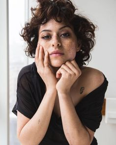 Alia Shawkat; Nylon Magazine 2015; Loose Curls; Freckles