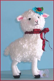 This cute little sheep is also by Sue Pendleton and a free pattern on Ravelry.