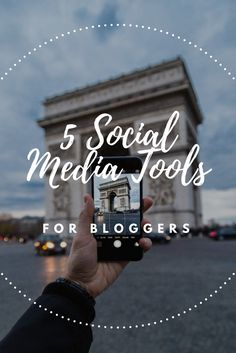 Looking to up your social media game? You need to read this post on the top social media tools for bloggers