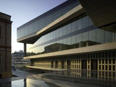 Gallery of New Acropolis Museum / Bernard Tschumi Architects - 12