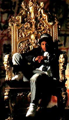Eazy E! The godfather of rap! Mode Hip Hop, Hip Hop And R&b, 90s Hip Hop, Hip Hop Rap, Hip Hop Artists, Music Artists, Hiphop, Arte Do Hip Hop, Estilo Cholo