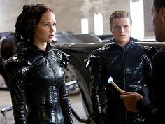 Saw the Hunger Games last night. Absolutely fantastic. Pretty faithful to book as well