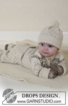 Free Pattern: Jacket, trousers, hat, mittens, socks and blanket