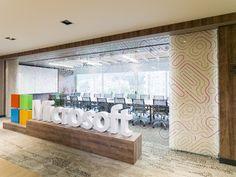 Compañías que en el 2016 le apostaron a las últimas tendencias de trabajo. Decohunter. Los diseños flexibles en las oficinas invitan al constante movimiento aumentando la creatividad y productividad. Lee más aquí