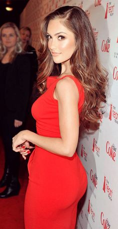 3ed95c30876 Minka Kelly Photos - Actress Minka Kelly attends the Heart Truth s Red  Dress Collection 2012 Fashion Show at Hammerstein Ballroom on February 2012  in New ...