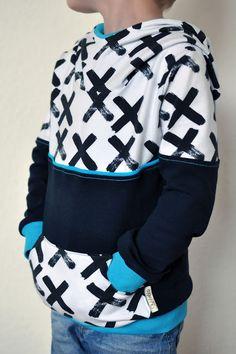 Mini Mister nach dem Schnitt von Melian's kreatives Stoffchaos #stubbeldidu #nähenfürkinder #staghorn #hoodie #cool