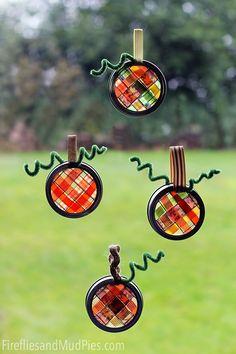Adorable.  Scrap Ribbon Pumpkin Sun Catchers - cute fall or #Halloween craft for kids! #kidscrafts #preschool (repinned by Super Simple Songs)