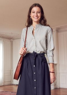 French Chic Fashion, Quirky Fashion, Look Fashion, Girl Fashion, Womens Fashion, Skinny Jeans With Boots, Leather Skinny Jeans, Skirt Outfits, Casual Outfits