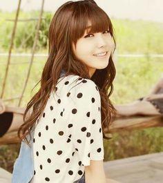 Your number one Asian Entertainment community forum! South Korean Girls, Korean Girl Groups, Star Fashion, Girl Fashion, Fashion Scout, Eunji Apink, Eun Ji, Asian Celebrities, Korean Star