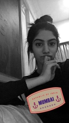 Khushi Kapoor Girl Photo Poses, Girl Photos, Red Acrylic Nails, Bollywood Dress, Fake Girls, Brown Girl, Celebs, Celebrities, Black Love