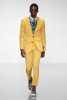 A Sauvage Men's RTW Spring 2015 [Photo by Giovanni Giannoni]