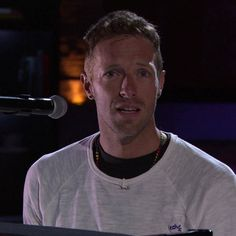 Love Band, Great Bands, Cool Bands, Cris Martin, Coldplay, Music Bands, Guys, Concert, World