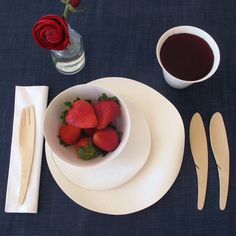 Amazing Sustainable Disposable Tableware