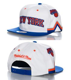 MITCHELL AND NESS New York Knicks snapback cap Basketball NBA Adjustable strap on back for comfort Embroidered logo on front MITCHELL AND NESS stitching