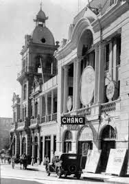 Resultado de imagen para fotos teatro victoria antofagasta San Francisco Ferry, Street View, Building, Travel, Fire Fighters, Old Pictures, Palaces, Street, Urban