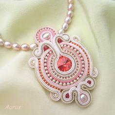 #white #pink #soutache #pendant Soutache Pendant, Soutache Necklace, Soutache Tutorial, Passementerie, Victorian Jewelry, Homemade Jewelry, Beaded Embroidery, Bead Weaving, Jewelry Crafts