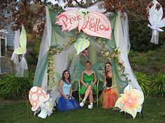 Pixie Hollow - I like the tent and sign space.. could make a great entrance to walk through instead of tent in..