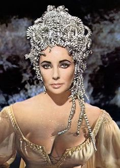 Fashion's Most Wanted: Elizabeth Taylor's fabulous headpieces