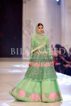 PFDC L'Oréal Paris Bridal Week 2016 was held on 28 september and ended on 30 September, See 10 Best Dresses at PFDC L'Oréal Paris Bridal Week Indian Suits, Punjabi Suits, Indian Wear, Lehnga Dress, Lehenga, Indian Dresses Traditional, Pakistani Bridal Couture, Sharara Designs, Fall Makeup