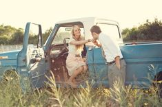 i have a weakness for guys with trucks. all these pictures are amazing!