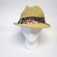 Women's Straw Fedora Hat Frayed Floral Band by sweetie2sweetie