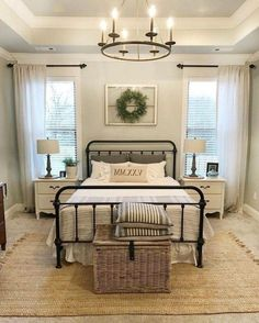 Hauptschlafzimmer 54 Simply Farmhouse Master Bedroom Design Ideas Match For Any Room, Small Master Bedroom, Farmhouse Master Bedroom, Master Bedroom Design, Home Decor Bedroom, Modern Bedroom, Bedroom Designs, Farm Bedroom, Bedroom Styles, Budget Bedroom