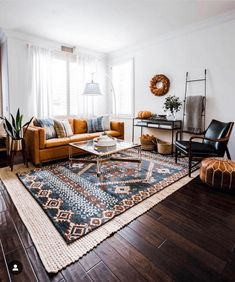 The Stunning Interior Styling By Jessica Forbes Boho Living Room Forbes interior Jessica Stunning Styling Boho Living Room, Living Room Interior, Home And Living, Living Spaces, Large Living Room Rugs, Small Living, Home Interior, Bright Living Rooms, Living Room Warm Colors