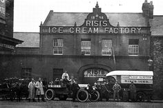 Newcastle summers of long ago - Chronicle Live Newcastle Quayside, Ice Cream Factory, Great North, Old Photos, Vintage Photos, North East England, Hobbies And Interests, Middlesbrough, Old Street