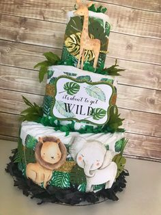 Tropical Safari Animals Diaper Cake, Jungle Baby Shower Centerpiece, Safari Baby Shower Decoration - Baby Shower Gift - The little thins - Event planning, Personal celebration, Hosting occasions Safari Diaper Cakes, Safari Baby Shower Cake, Gateau Baby Shower, Idee Baby Shower, Diaper Cake Boy, Baby Shower Diapers, Baby Boy Shower, Baby Shower Jungle, Diaper Shower