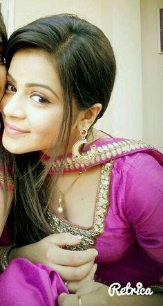 Bollywood Bridal, Headbands, Ali, Fashion, Moda, Head Bands, Fashion Styles, Ant, Fashion Illustrations