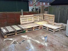 Tutorial: Pallet L-Shaped Sofa for Patio / Couch