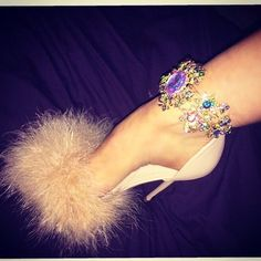 We're nearly out of the limited edition Ariana  #queenshoes #feather #pommy