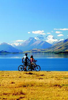 education abroad api queenstown new zealand summer dunedin third party education abroad your essential travel checklist things youu Best Mountain Bikes, Mountain Biking, Mtb, Queenstown New Zealand, Lake Wakatipu, Vacation Club, Australia, Touring, Travel Destinations