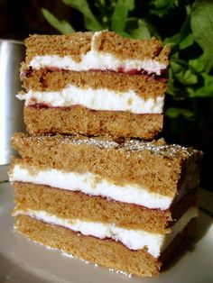 Krucho-miodowe Polish Recipes, Polish Food, Honey Cake, October 23, Tiramisu, Food And Drink, Healthy Recipes, Snacks, Baking