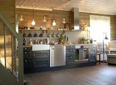 серая кухня брусовой дом: 2 тыс изображений найдено в Яндекс.Картинках Kitchen Interior, New Kitchen, Kitchen Dining, Log Home Kitchens, Shabby Home, Cuisines Design, Kitchen Shelves, Beautiful Interiors, Kitchen Remodel