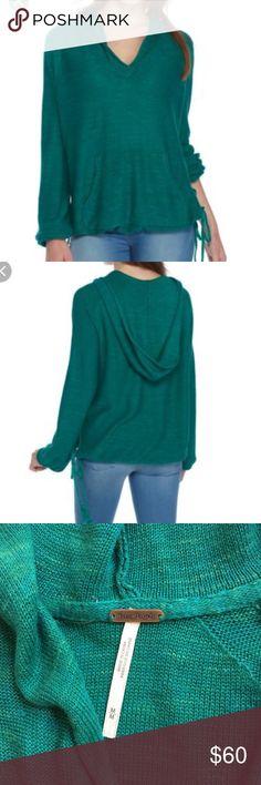 Free People Kelly Green sweater/sweatshirt hoodie Free People  sweater/sweatshirt pullover with kangaroo