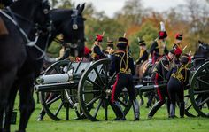 Gun Salute by the Kings Troop Royal Horse Artillery