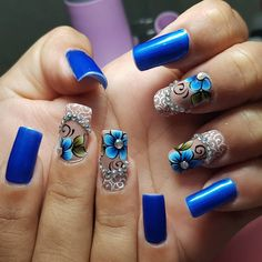 Publicación de Instagram de BY TANCINHA CASTRO • 7 Jul, 2018 a las 11:07 UTC Nail Spa, Manicure And Pedicure, Flower Nail Art, Hot Nails, Gel Nail Designs, Cute Acrylic Nails, Beautiful Nail Designs, Easy Nail Art, Blue Nails