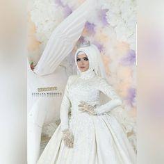 "192 Suka, 7 Komentar - Lusiana Shafara (@lusiana_salon) di Instagram: ""Beautiful white  The white color,purity & elegance """
