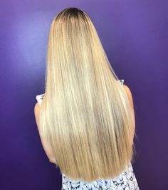 Absolutely gorgeous hair shared with me by look how long, and well taken care of her long locks are. Prom Hairstyles For Long Hair, Wig Hairstyles, Straight Hairstyles, One Length Hair, Shoulder Length Hair, Beautiful Long Hair, Gorgeous Hair, Shiney Hair, V Cut Hair