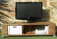 """Mueble TV hecho con palés """"Gosho"""" palets pallets"""