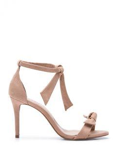 f37cc46a78 Links da semana  vem chegando o verão. Sapatos De FestaArmário De  SapatosSapatos De NoivaSapatos LindosSaltos Altos FinoSaltos ...