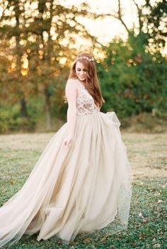 Fall Wedding Ideas in warm spicy tones via Magnolia Rouge