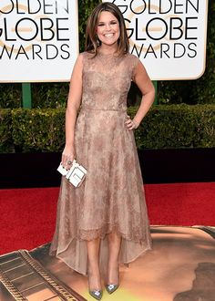 Golden Globes 2016: Red Carpet Looks to Inspire Your Mother-of-the-Bride Ensemble